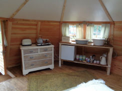 glamping-lake-district-with-hot-tub-drybeck-farm-round-cabin-s