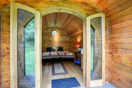 UPCOTE FARM PODS Glamping The Cotswolds