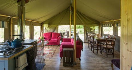 BLACK PIG RETREATS SAFARI TENTS in Dorset with CLASSIC GLAMPING. PrevNext & BLACK PIG RETREATS SAFARI TENTS in Dorset with CLASSIC GLAMPING
