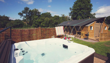 SEVEN HILLS HIDEAWAY Glamping Wales with Hot Tub