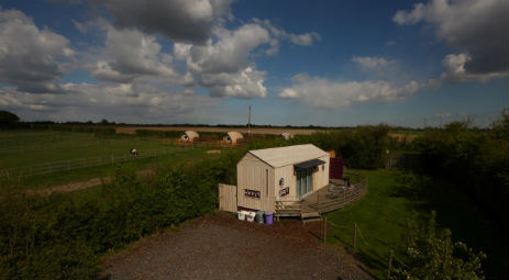 LEE WICK COTTAGES AND CARGOPOD Glamping in Essex with Hot Tub