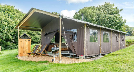 BILLINGSMOOR FARM at FEATHERDOWN FARMS Glamping Devon with Hot Tub