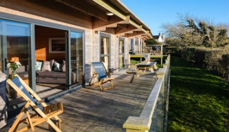 TOMS ECO LODGE Glamping The Isle of Wight with Hot Tub