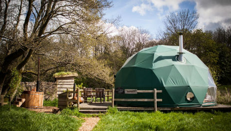 COSY UNDER CANVAS Glamping Wales with Hot Tub