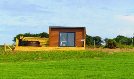 HIDEAWAY PODS AT WAENFECHAN GLAMPING Wales with Hot Tub