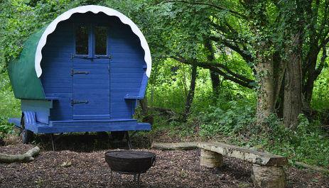 TRAVELLERS REST @GUILLIFORD FARM Glamping Devon