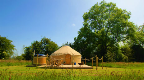 YURTSHIRE FOUNTAINS Glamping Yorkshire with Hot Tub