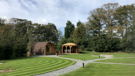 LITTLE WOLD AWAY Glamping Yorkshire with Hot Tub