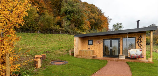 THE ROOST GLAMPING with Hot Tub Gloucestershire