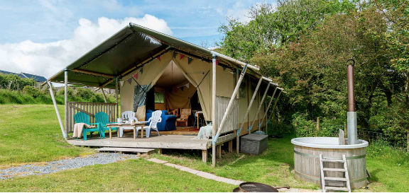 Glamping in Wales with hot tub at Kidwelly Farm