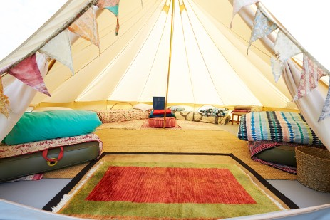 BELL TENT GLAMPING IN CAMBRIDGESHIRE